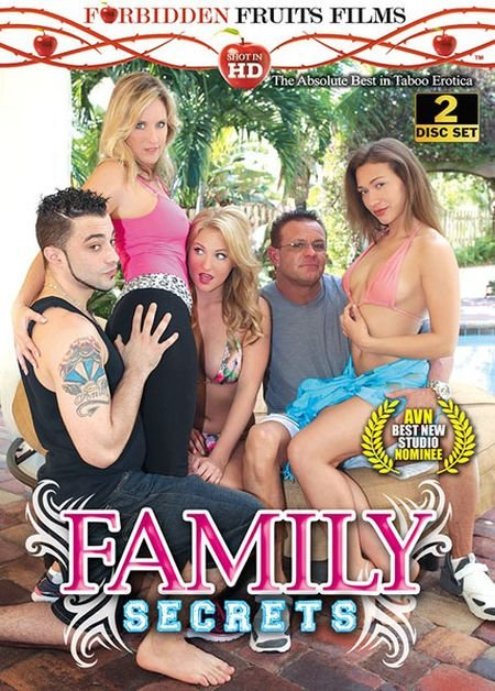 Family Secrets (2014/WEBRip/SD)