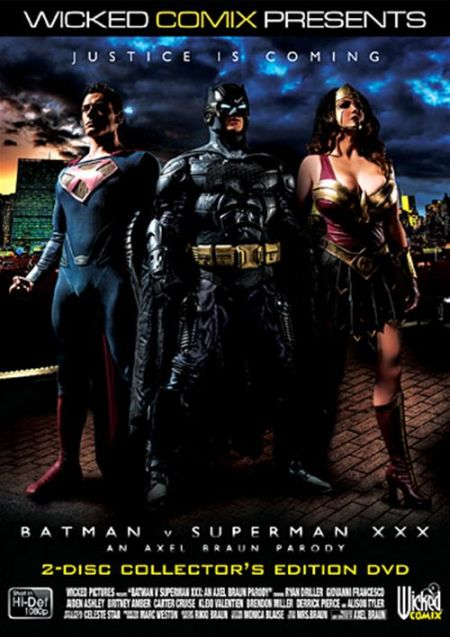 Batman V. Superman: XXX Parody / Бэтмен и Супермен: XXX Порно-пародия [2015] DVDRip