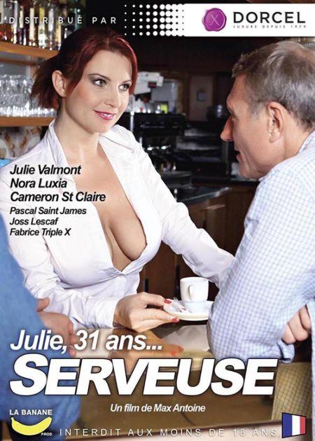 Julie, 31 Ans... Serveuse [2016]
